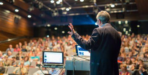 Comment organiser une conférence ?